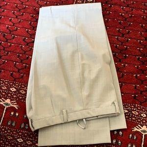 Grey women's Gap trousers size 4